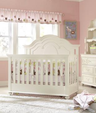 Legacy Classic Kids Charlotte Charlotte Grow with Me Crib Picture