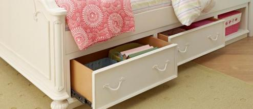 Legacy Classic Kids Charlotte Charlotte Underbed Storage Drawer Picture